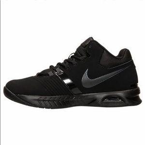 Nike Shoes - Men's Nike Air Visi Pro V Nubuck